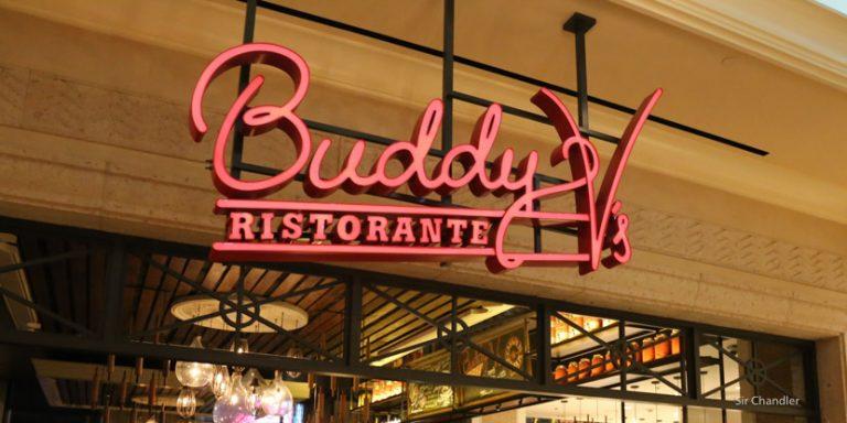Comiendo en el restaurant de Buddy en Las Vegas