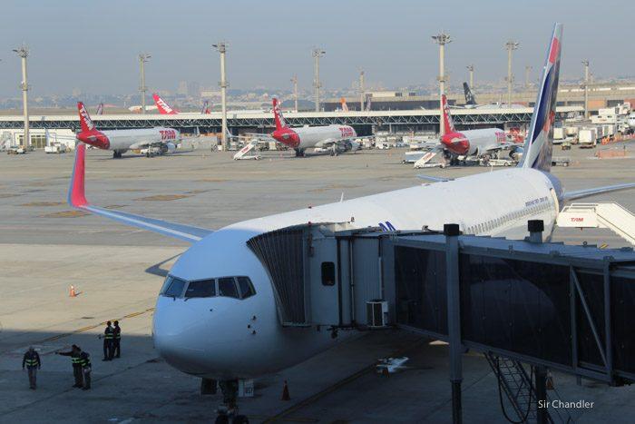 latam-primer-vuelo-4594