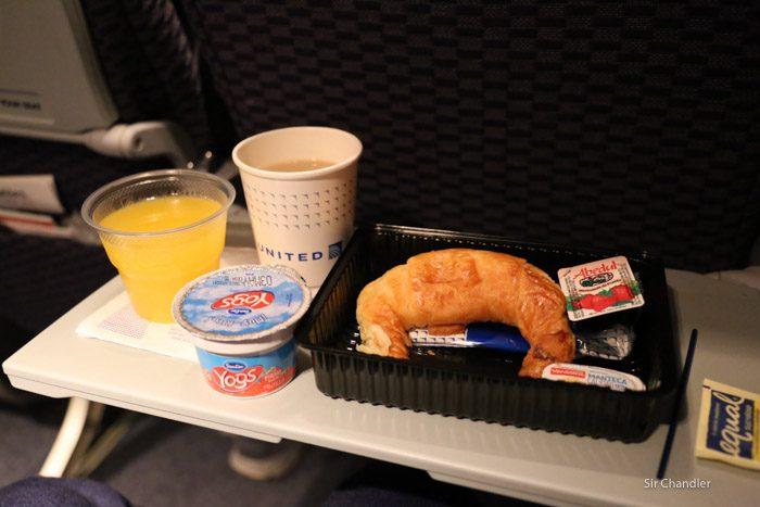united-vuelo-3687