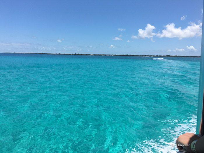 5-agua-color-bahamas