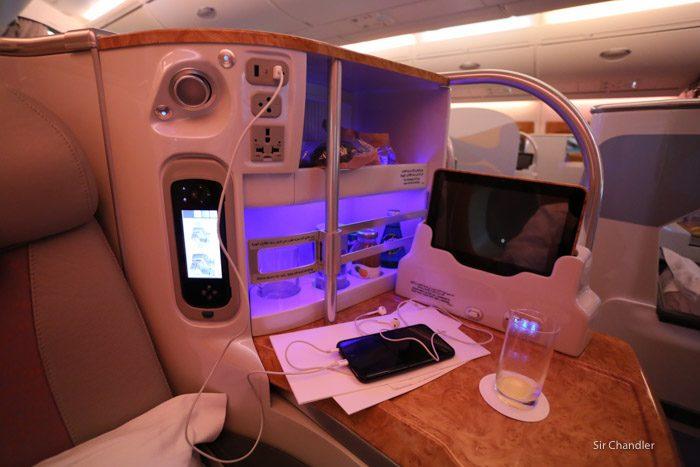 12-emirates-airbus-380-9463