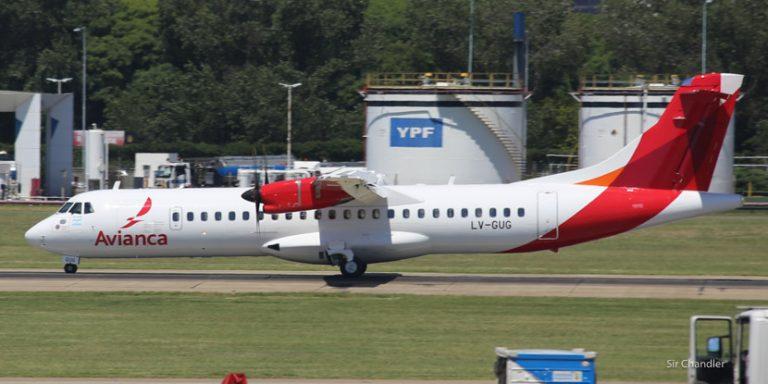 El ATR72 de Avianca Argentina volando en Aeroparque