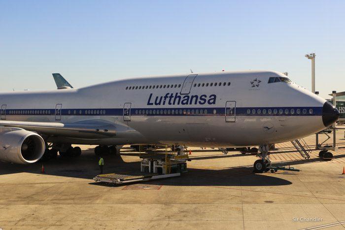 lufthansa-747-8-5012