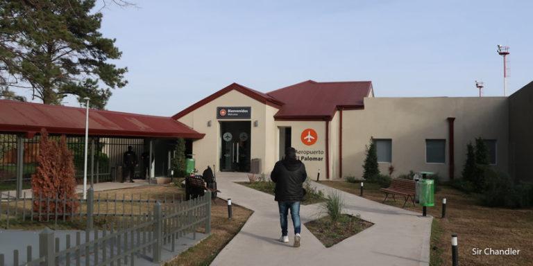Intento de cierre de El Palomar: quejas de las dos low cost y su personal