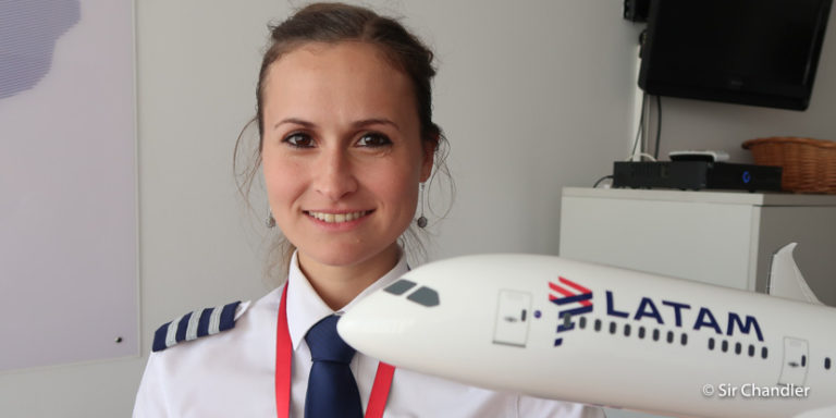Virginia Salvat – Piloto de Airbus 320