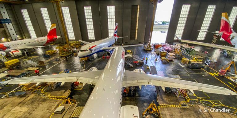 Iberia: recorrida por hangares, simuladores y planta de motores en Madrid