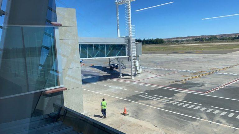 Milagro en Neuquén: el aeropuerto ya parece un aeropuerto de este siglo
