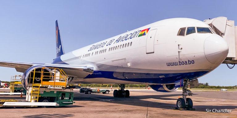 Bolivia vuelve a tener vuelos de cabotaje pero con los baños prohibidos