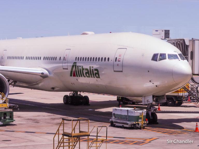 Alitalia posterga su regreso a julio