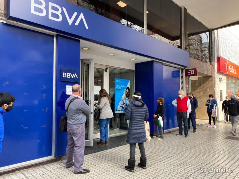 BBVA: cambio en los saldos necesarios para bonificar los paquetes premium y premium world