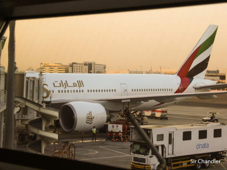 Emirates y la suspensión de la ruta a Ezeiza ¿Cómo reprogramar o cancelar los pasajes emitidos?