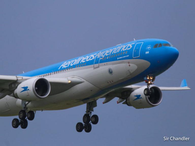 Vuelos cancelados y especiales de Aerolíneas Argentinas