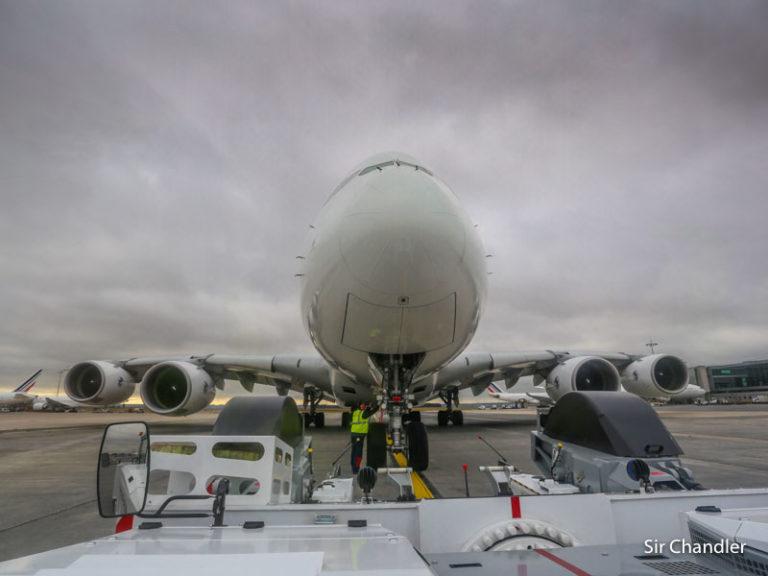Un avión que ya no está y el video millonario que cumplió cuatro años