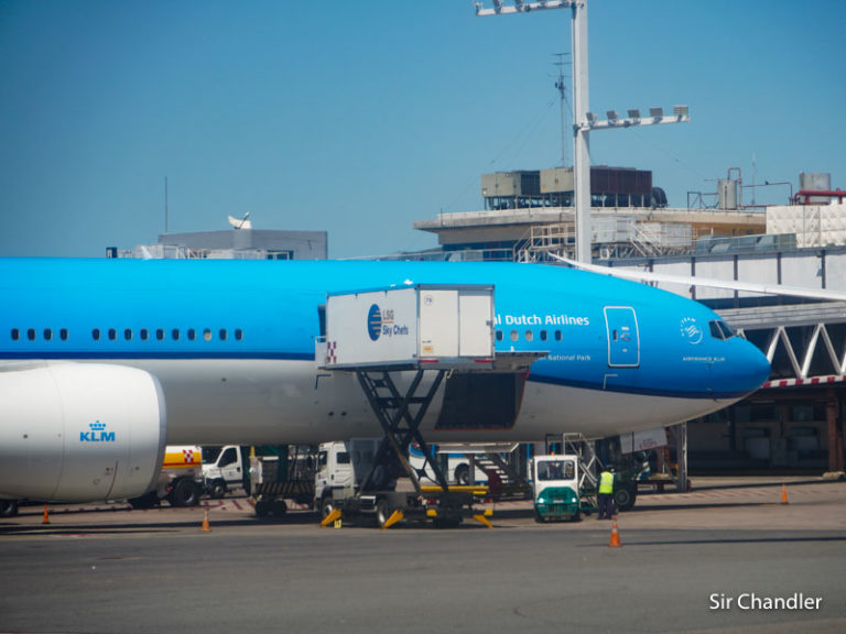 KLM y Alitalia con los vuelos suspendidos hacia la Argentina