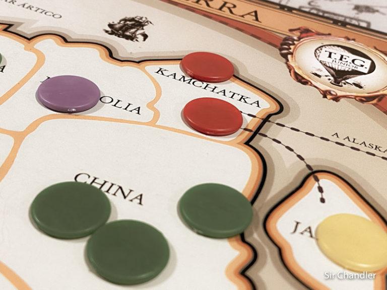 China ataca Kamchatka, Italia a Brasil, Reino Unido a Sudamérica y volvemos a repartir fichas