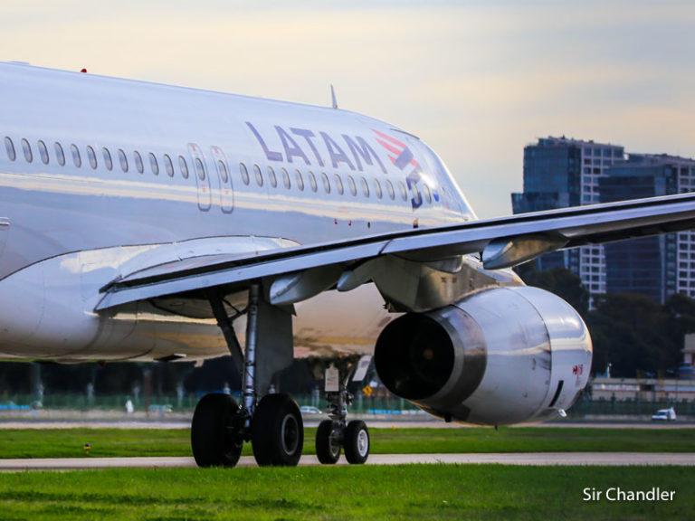 Latam pide vuelos desde Aeroparque a Chile, Brasil y Perú