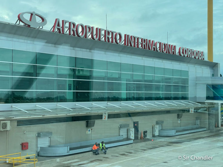 ¿Cuándo se podrá volar internacionalmente fuera de Buenos Aires?