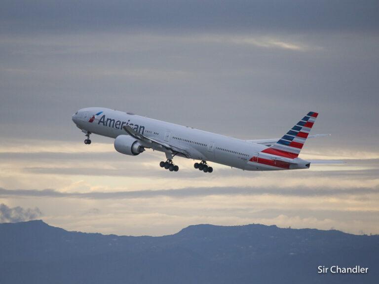 American Airlines sigue con el vuelo diario a Miami y uno por semana a Dallas