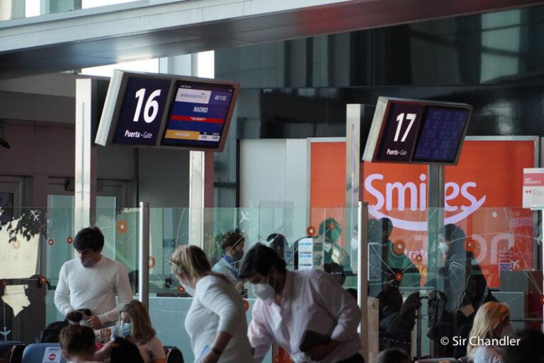 Salió el primer vuelo a España con las nuevas medidas migratorias