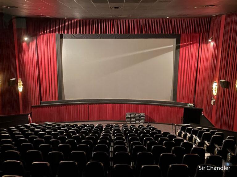 El regreso de los cines y un video hecho con el backstage
