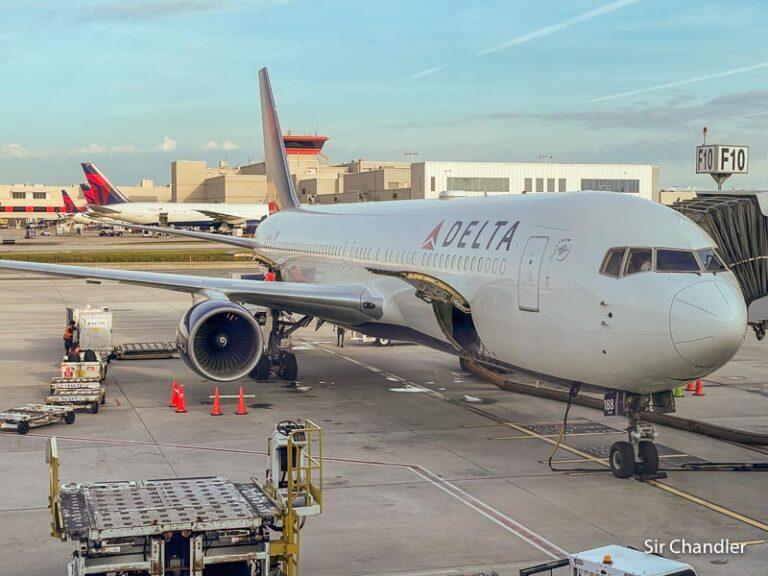 Vuelo hacia Atlanta con Delta en un Boeing 767