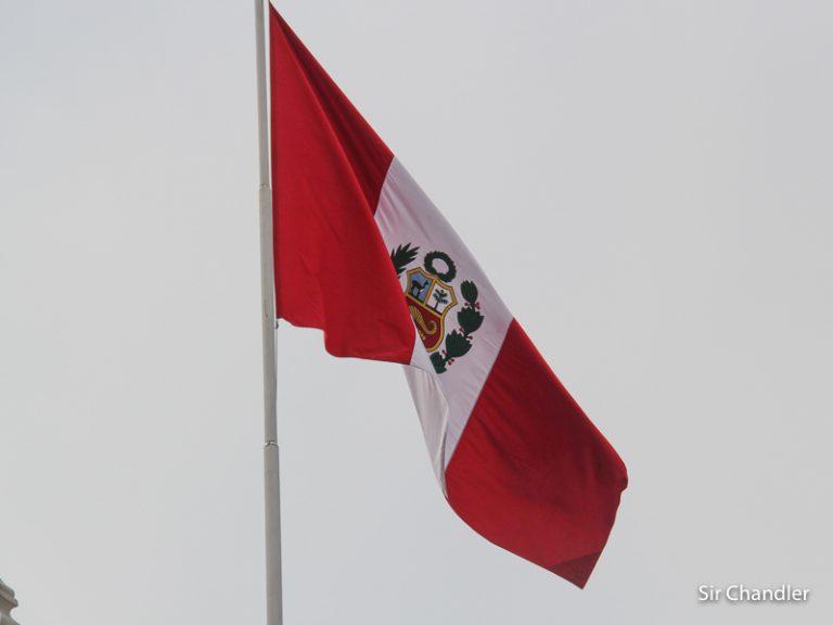 Perú permite entrar extranjeros vacunados sin testeo ni cuarentena