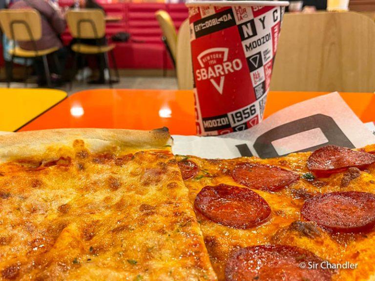 Así es la primera pizzería SBARRO de Buenos Aires